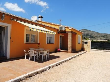 Villa pla en alquiler vacacional en jal n xal alicante costa blanca chalet - Alquiler casa rural alicante ...